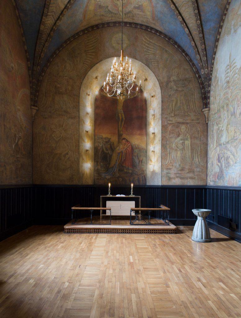 nyfeltogstrand_interiørarkitekter_Majorstuenkirke_alter_web01