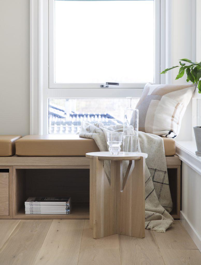 Nyfelt og Strand interiørarkitekter MNIL leilighet Oslo benk